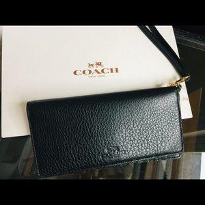 Coach Black Pebble Leather Wallet Wristlet Clutch